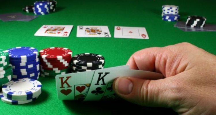 Aturan Texas Holdem Poker Cara Bertanding dan Membangkitkan