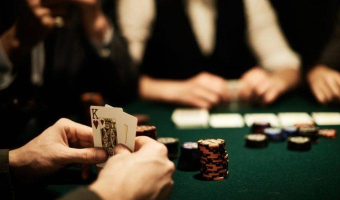 Tips Agar Terlihat Nyaman Dan Memenangkan Permainan Poker Dengan Gaya