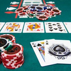 Varian Dalam Permainan Poker Online