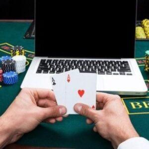Manfaatkan Kecerdasan Anda Saat Bermain Poker Online