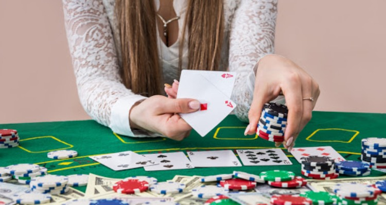 Kalahkan Lawan Anda dengan Tips Freeroll di Poker Online