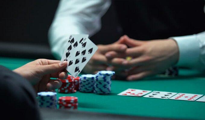 Kecerdasan dan Ketelitian Dalam Bermain Poker Online